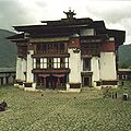 Gangtey Monastery Bhutan 2001.JPG