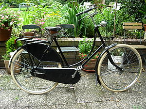 Gazelle (bicycle company) - A vintage 1954 Ladies Gazelle