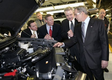 Mulally (second from left) with then-President George W. Bush at the Kansas City Assembly plant in Claycomo, Missouri on March 20, 2007, touting Ford's new hybrid cars George Bush visit Kansas City Assembly.jpg