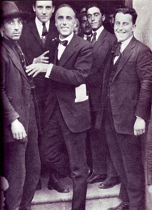 Giacomo Matteotti - Matteotti (center)