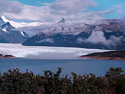 Skyline of Lago Argentino