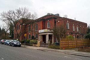 Golders Green - Golders Green Synagogoue