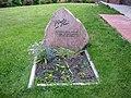 """Grab von Jacob Alberts, geboren 30.06.1860 in Westerhever, gestorben 07.11.1941 in Lübeck. Alberts war ein deutscher Maler, bekannt auch als """"der Maler der Halligen"""". - panoramio.jpg"""
