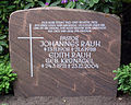 Grabstein Johannes Rauh (1908-1988).jpg