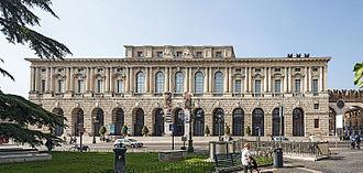 Piazza Bra - The Gran Guardia