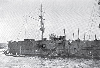 Russian cruiser Gromoboi - Image: Gromboi Right Side Damage