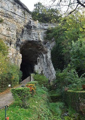 La Balme-les-Grottes - The entrance to the Cave