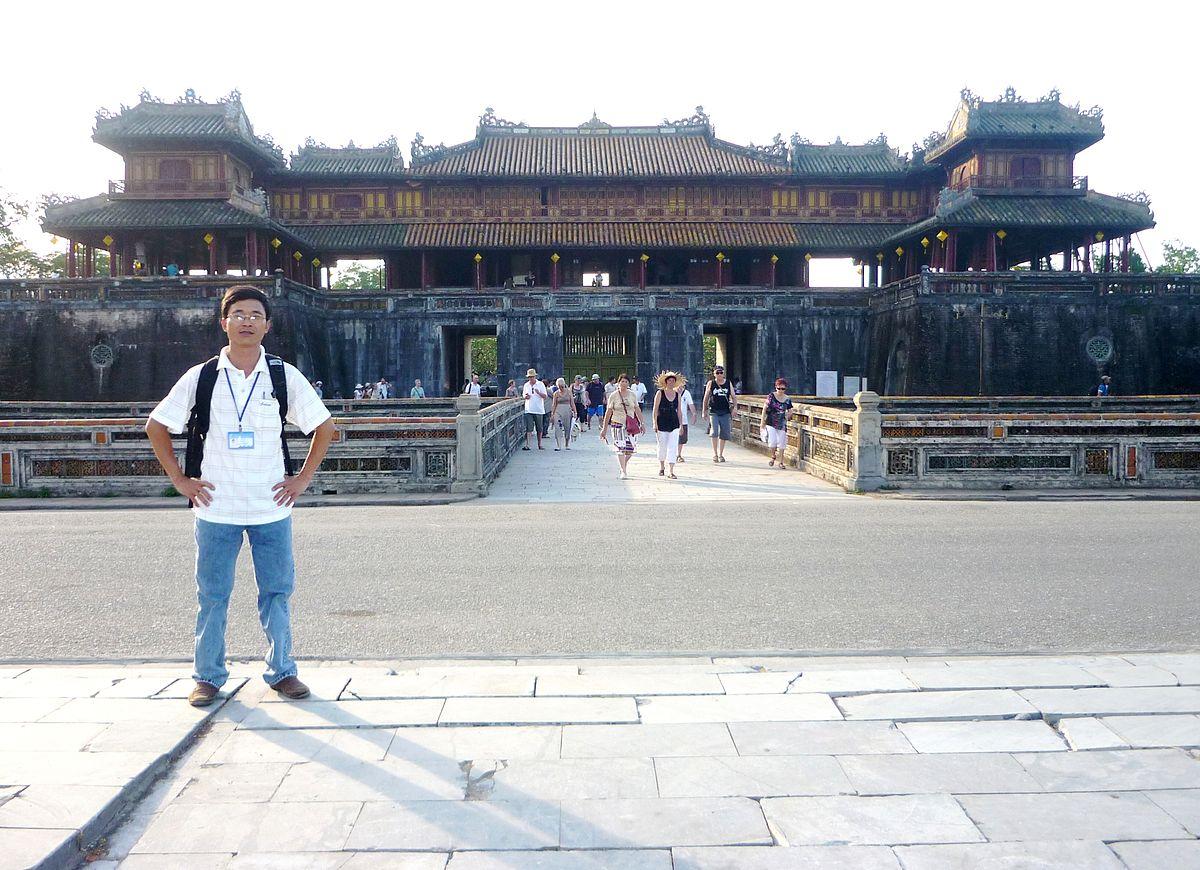 Hướng dẫn viên du lịch – Wikipedia tiếng Việt