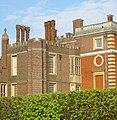 Hampton Court Avri 2009 68.jpg