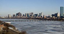 Harvard Bridge 20100116.jpg