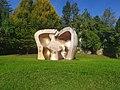 Henry Moore.jpg