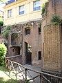 Horti sallustiani - edificio a sinistra 1120881.JPG