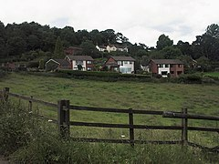Houses at Boundary from Commonside - geograph.org.uk - 479634.jpg
