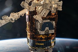 ISS-63 HTV-9 cargo vehicle at the ISS.jpg