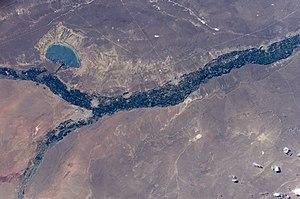 Neuquén River - Image: ISS008 E 6023 Pellegrini Lake, Neuquén River