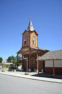Iglesia Villa Alhue, Región Metropolitana 2014-05-01 04-09.jpg