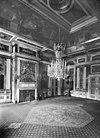 interieur, zaal willem i of audiëntiezaal met geschilderde behangsels en kroonluchter - apeldoorn - 20023324 - rce
