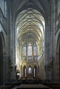 Interior of St. Vitus Cathedral Prague 01.jpg