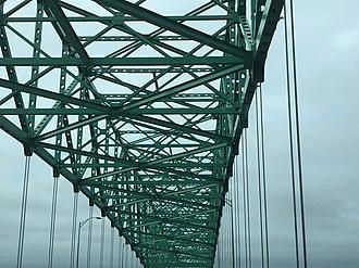Hart Bridge - Interior view of the Hart Bridge.