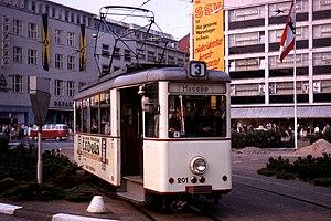 Deutsch: Straßenbahn Kiel, Wagen 201 auf Linie 3.