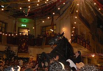 Doma menorquina - Menorcan horse and rider at Alaior
