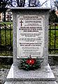 Jawor, obelisk czczący pamięć jaworzan przed Kościołem Pokoju(Aw58).JPG