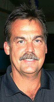 Jeff Fisher Coaches Tour MND-B Iraq July 4, 2009.jpg
