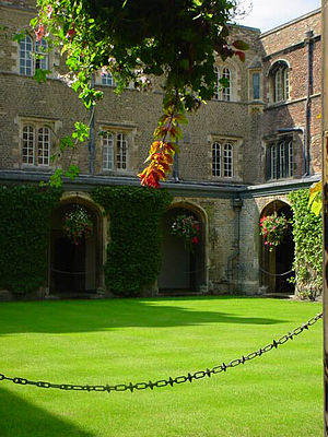 Jesus College, Cambridge - Cloister Court
