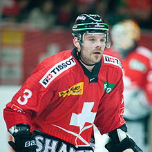 Description de l'image Julien_Vauclair_-_Switzerland_vs._Russia,_8th_April_2011_(1).jpg.