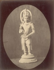 KITLV 87605 - Isidore van Kinsbergen - Hindu-Javanese sculpture at Telaga in Kuningan - Before 1900.tif