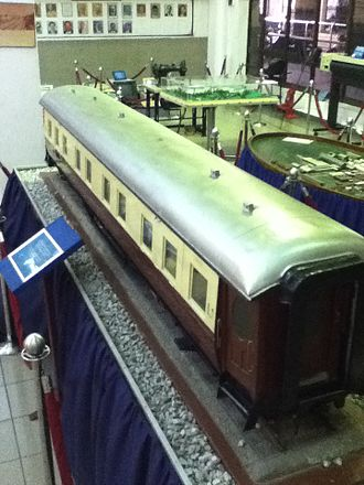 Kuala Lumpur railway station - The interior of the station's main hall was refurbished in 1986, which saw some of its original interiors altered and modernised. The area is now used to house exhibits (such as this model of a carriage) after the station was designated a railway museum.