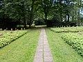 Kamp-Lintfort-Soldatenfriedhof Niersenberg 07.jpg