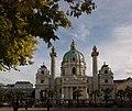 Karlskirche im Oktober, Wien.jpg