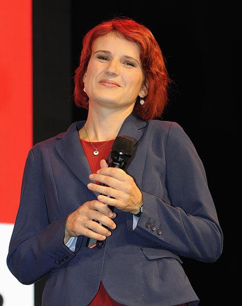 File:Katja Kipping Die Linke Wahlparty 2013 (DerHexer) 02.jpg