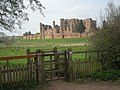 Kenilworth Castle from Centenary Way. - geograph.org.uk - 1802496.jpg