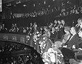 Koningin Juliana en prins Bernhard zijn onder de aanwezigen bij de première van , Bestanddeelnr 919-7295.jpg
