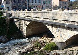 Pont de l 39 toile wikimonde for Garage pont de l etoile