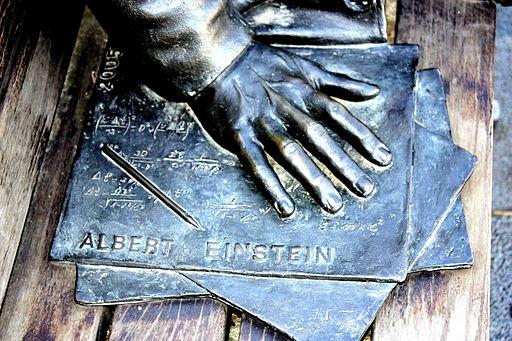 La mano de Einstein