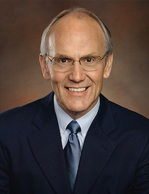 Larry Craig - Image: Larry Craig official portrait cropped