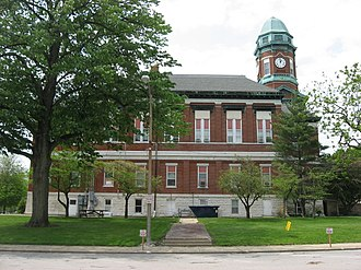 Lawrence County Courthouse (Illinois) - Image: Lawrence County Courthouse in Lawrenceville from the east