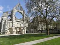 Longpont (02) Abbaye 4.jpg