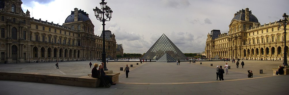 Top Louvre Palace - Wikipedia BM57