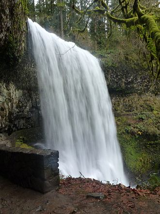 Silver Falls State Park - Image: Lower South Falls 1