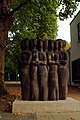 Ludwig Gabriel Schrieber Paseo 1962 Elsa-Brändström-Schule Elkartallee Hannover Lendorfer Basalt-Lava.jpg