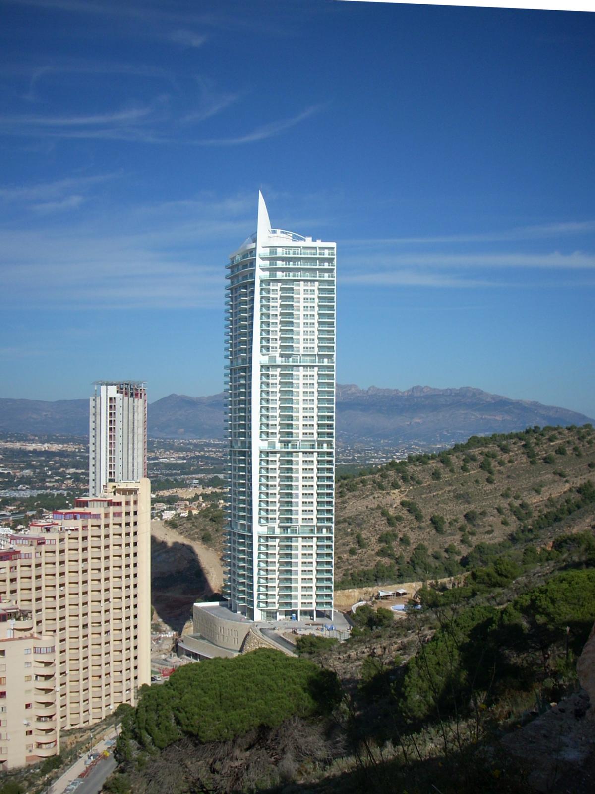 Torre L 250 Gano Wikipedia La Enciclopedia Libre