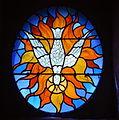 Lunegarde, église Saint-Julien, vitrail du Saint-Esprit.jpg