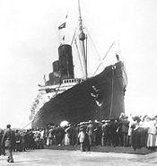 Lusitania arriving in New York 5