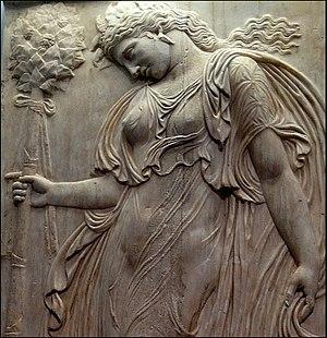 Thyrsus - Image: Ménade relieve romano (Museo del Prado) 04b