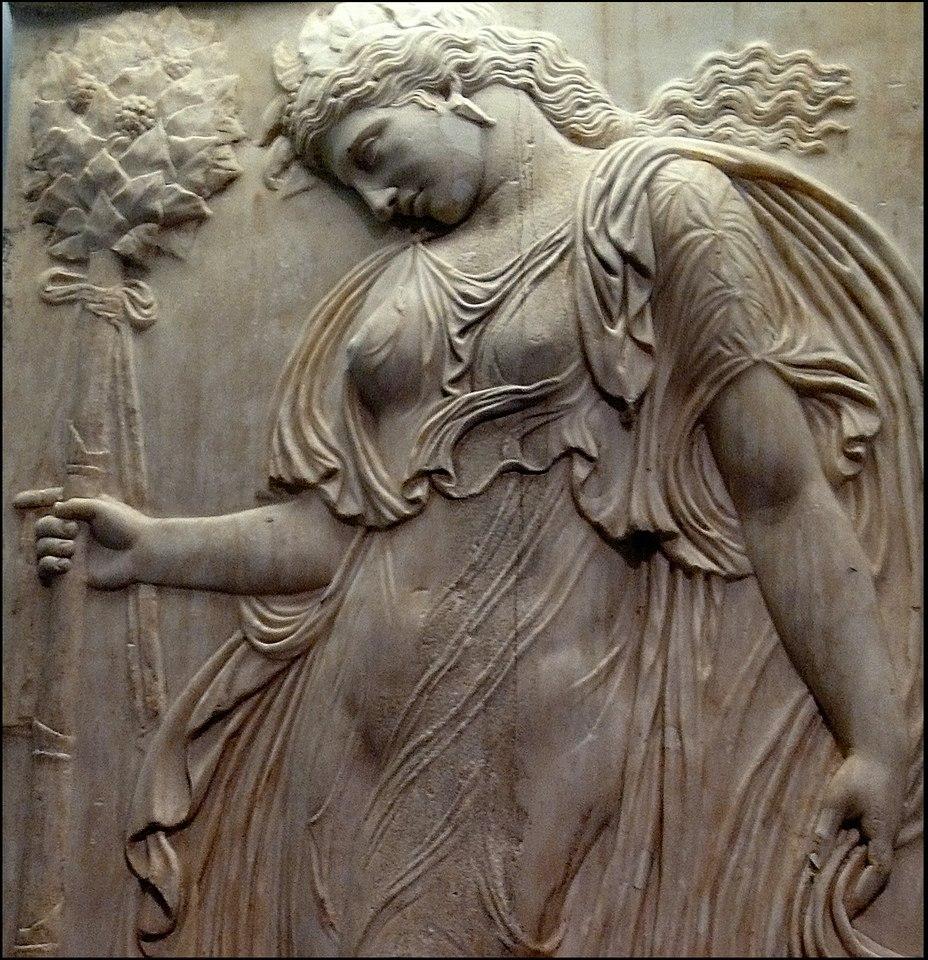 Ménade relieve romano (Museo del Prado) 04b
