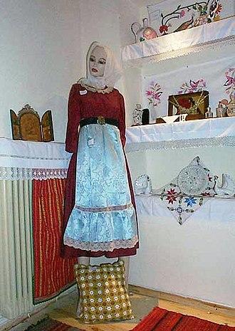Folklore Museum of Polygyros - Image: Macedonian Museums 53 Laografiko Polygyroy 234
